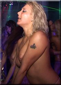 Dancing girls hot